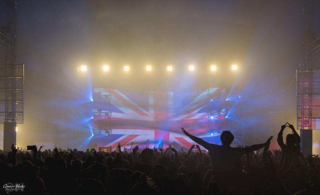 Creamfields-2016-Crowd-Armin-Van-Buuren-2016