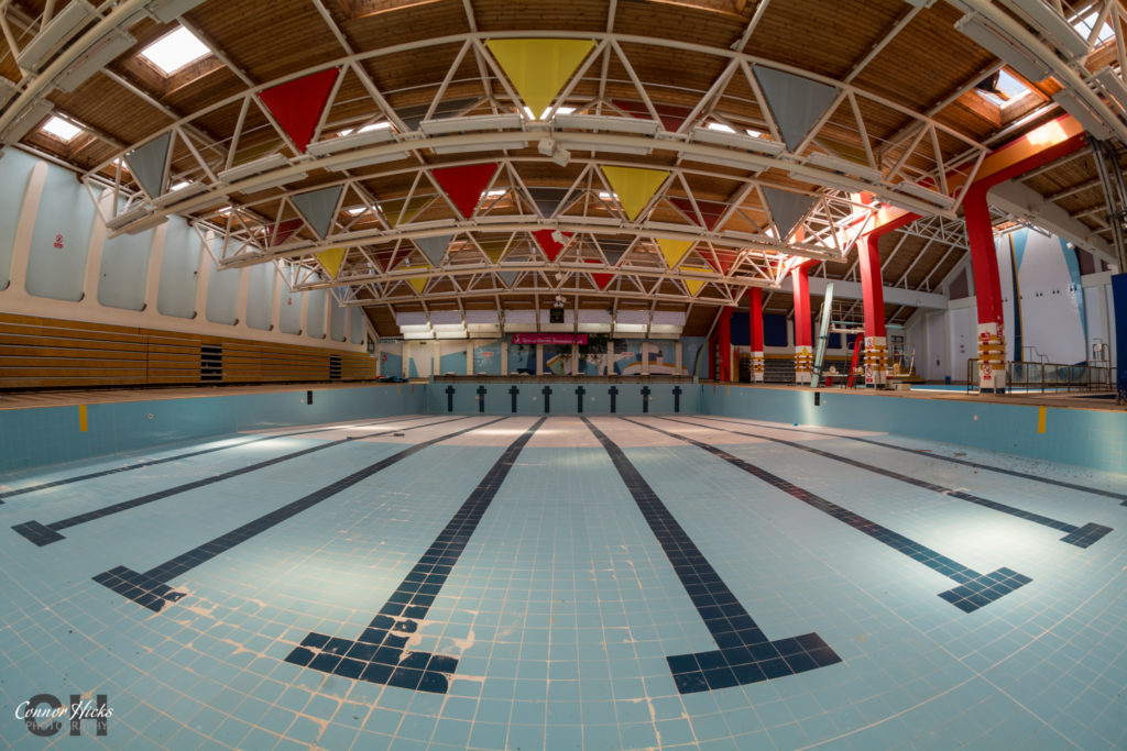 Temple-Cowley-Pools-Oxford-Urbex-Shallow-End