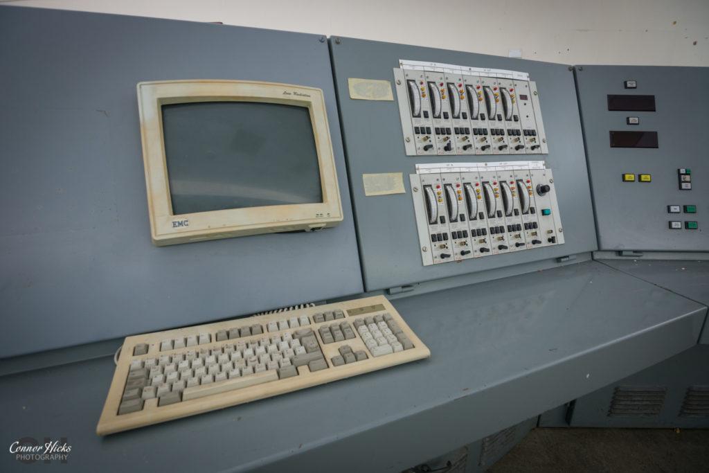 rae bedford computer urbex 1024x683 RAE Bedford