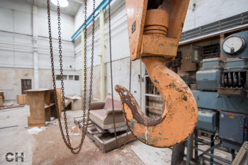 rae bedford urbex wind tunnel crane 1024x683 RAE Bedford