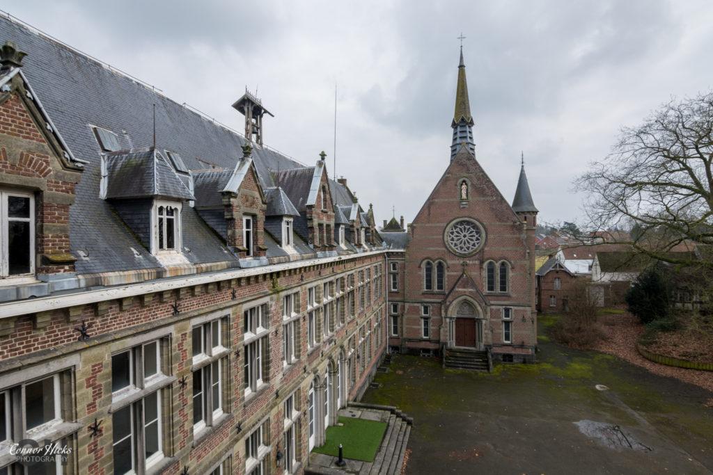 Chateau Des Muscles Urbex 1024x683 Chateau Des Muscles, Belgium