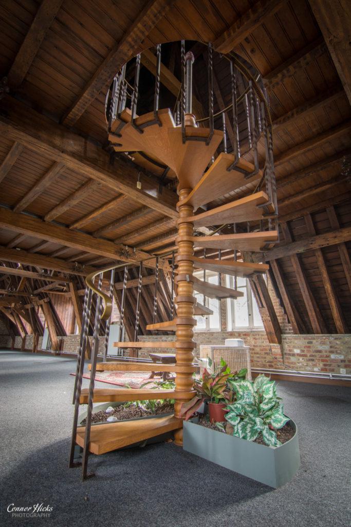 Urbex Belgium Chateau des muscles stairs 683x1024 Chateau Des Muscles, Belgium