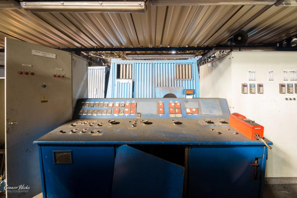 hfb belgium urbex control panel 1024x683 HFB, Belgium
