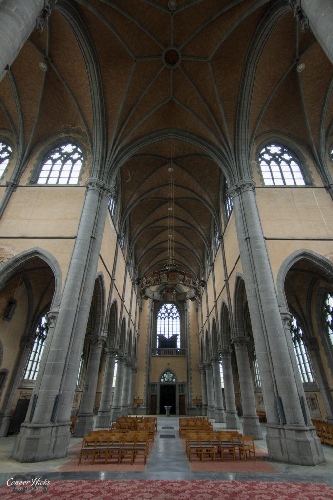 cliffhanger church belgium urbex rear 683x1024 Cliffhanger Church, Belgium