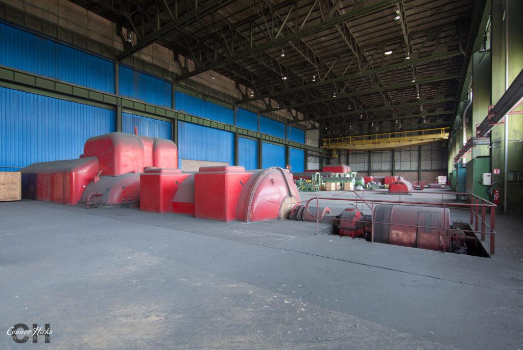turbine hall schneider 1024x687 Centrale De Schneider, France