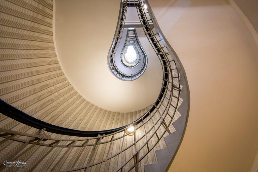 Lightbulb-Staircase-Prague-