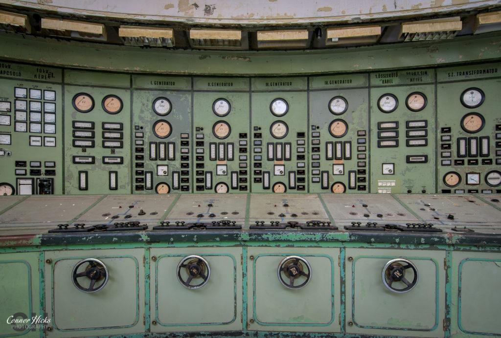 kelenfold urbex control room