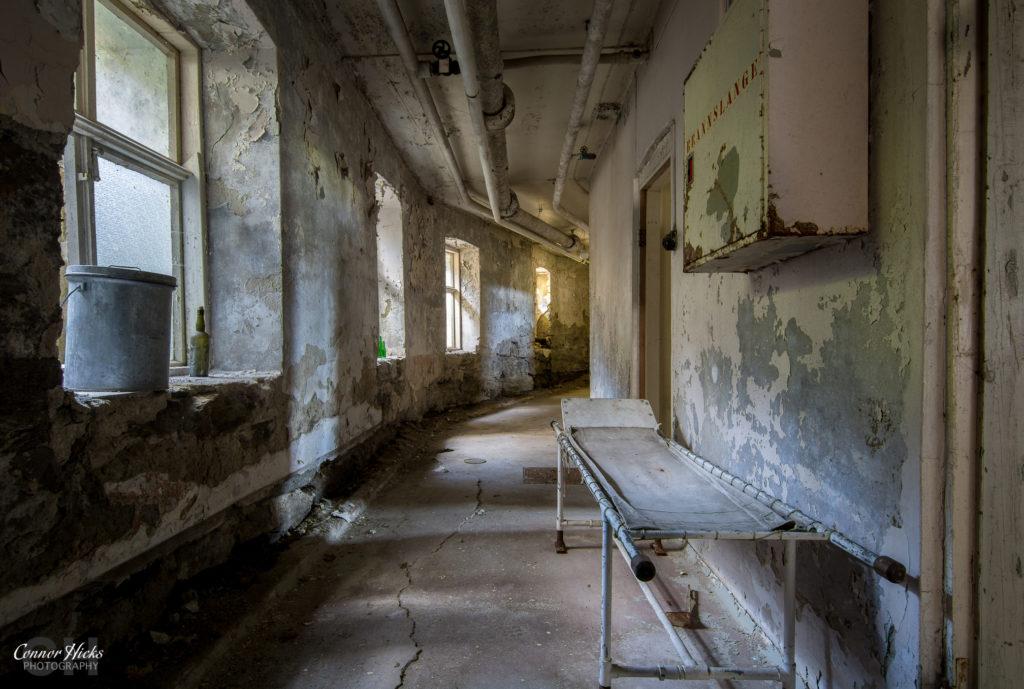 urbex asylum basement